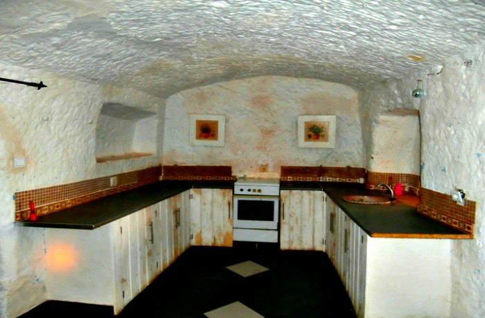 Bacor Cave House Tara Granada Spain 38 000 Euros Right